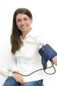 Blutdruckmessgerät Test 1 200x300 - Blutdruckmessgerät
